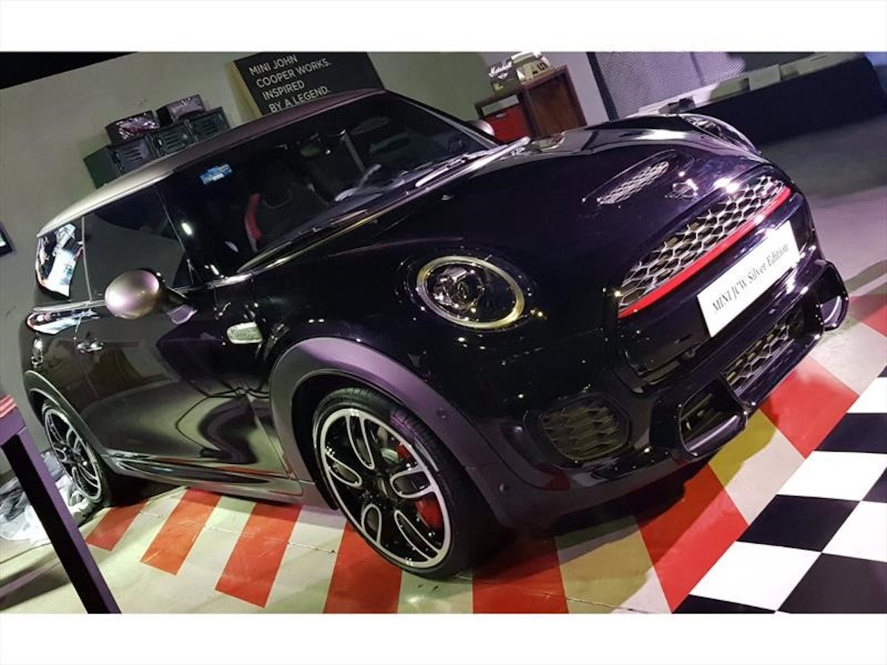 el mini john cooper works silver edition 2019 llega a mexico de manera limitada revolution mx y latam el mini john cooper works silver